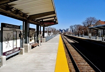 mbta-uphams-corner-outbound-platform-north